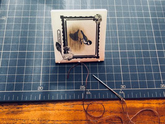麻糸で縫います。キュッとしっかり糸を張ります。