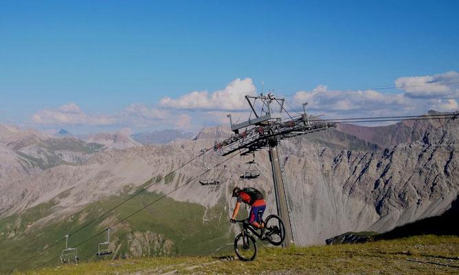 biken schweizer alpen