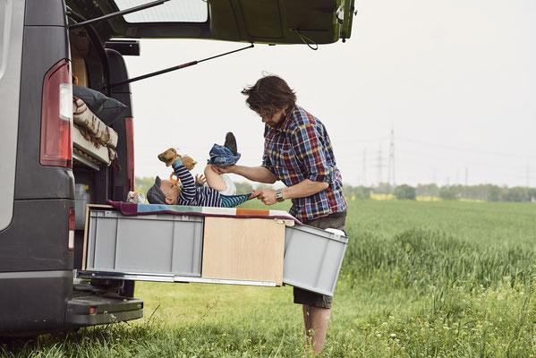 Der Heckauszug des Campingbus ist vielseitig nutzbar