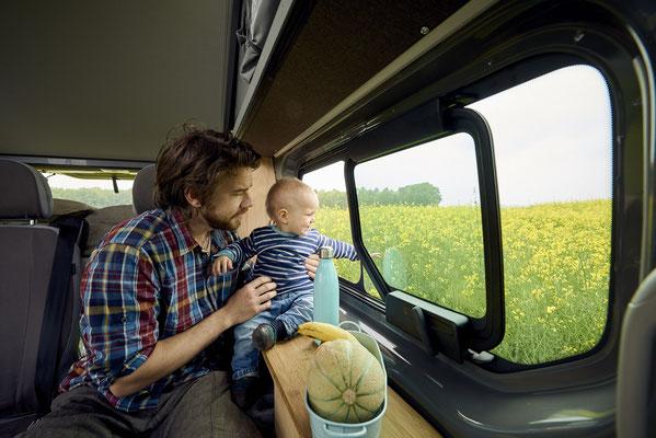 Der Campingbus für Erwachsene und Kinder
