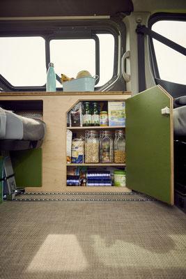 Der Campingbus bietet Platz für deine Bedürfnisse