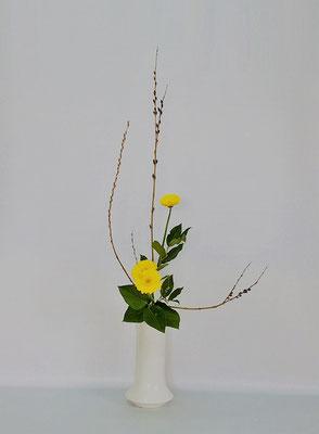 2/6<行李柳 ガーベラ レモンリーフ> Chiakiさんの作品です。