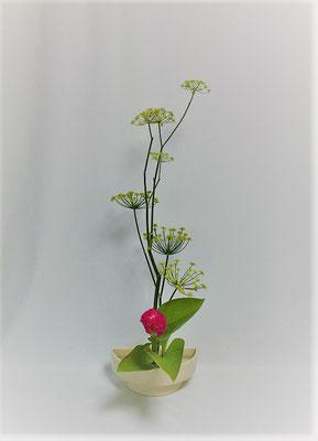 <茴香 鶏頭 擬宝珠> Kayoさんの作品です。