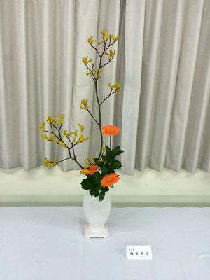 Atsukoさんの作品です。肩の力を抜いて気負わずに植物そのものが発信する言葉に耳を傾けていけたそうです。