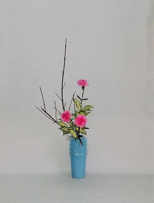 <珊瑚水木 カーネーション ゴッドセフィアナ> Tamikoさんの作品です。