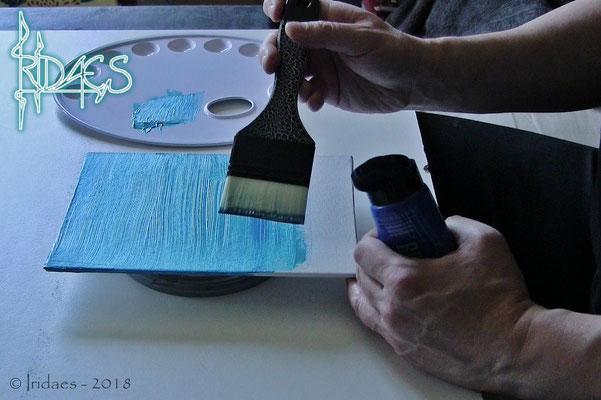 Ebsythria - painting the panels for the pouches / préparation des panneaux pour les pochettes