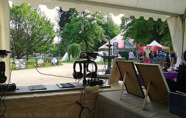 Imaginales 2016 - view from the Ylsthia stand / la vue depuis le stand Ylsthia