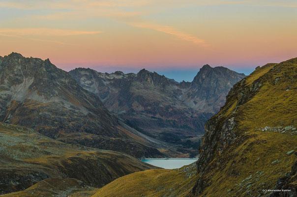 Blick Richtung Silvrettastausee und Hochmaderer
