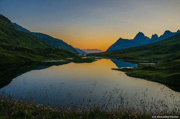 Scheidseen im ersten Morgenlicht kurz nach Sonnenaufgang
