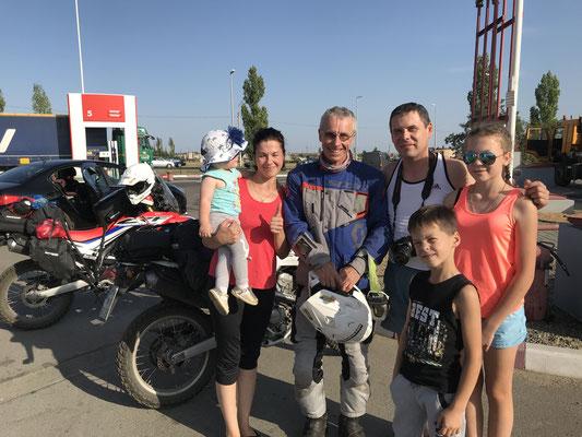 Nette Familie von der Halbinsel Krim