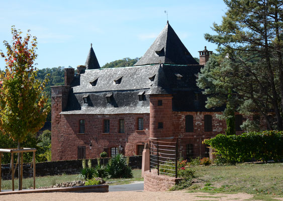 Collonges-la-Rouge ...