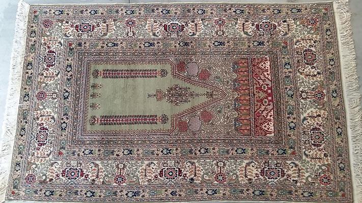 Tappeto turco disegno prechiera antico, tappeto antico udine, tabriz carpet udine