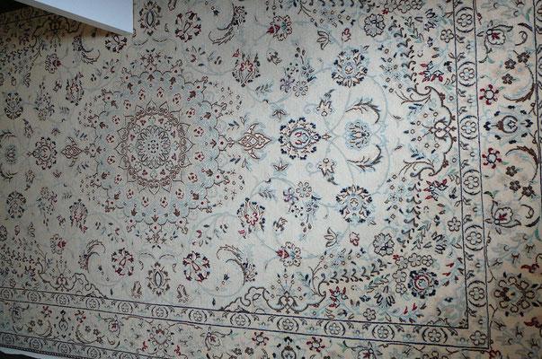 Negozio Tappeti udine, tappeto nain persiano originale extra fine 6 la lana misto seta con disegno floreale lajak toranj