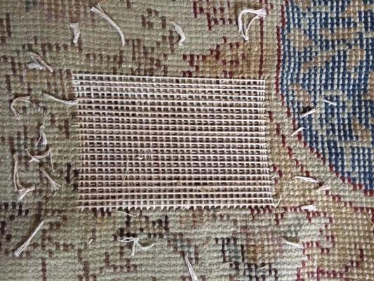 tabriz carpet udine- tappeto antico turco ho messo su telaio e ricostruito trama e orditi come originali da annodare sopra