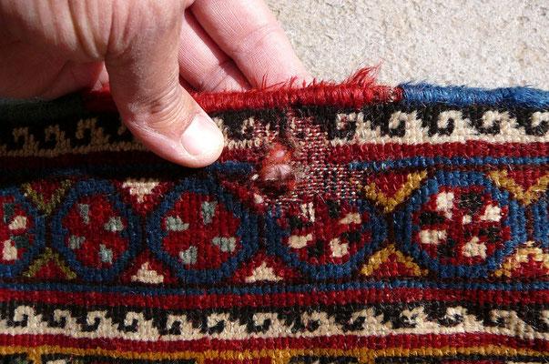 Riparazione tappeti udine-RESTAURO TAPPETO TARMATO, tappeto gashgai antico prima da restauro- tappeti antichi udine
