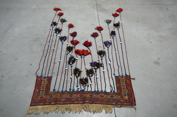 tappeto particolare Udine-tappeto etnico sar dari antico, usavano per sopra porta per bellire stanza di ospiti