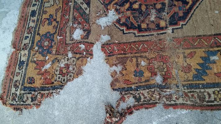 Restauro tappeti udine, restauro tappeto antico importante del 800 udine, riparazione tappeti pregiati ud