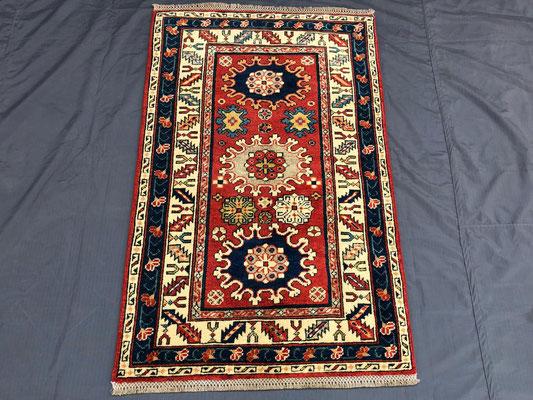 tappeto kazak- tappeti tabriz carpet udine vendita al'ingrosso e dettaglio tappeti