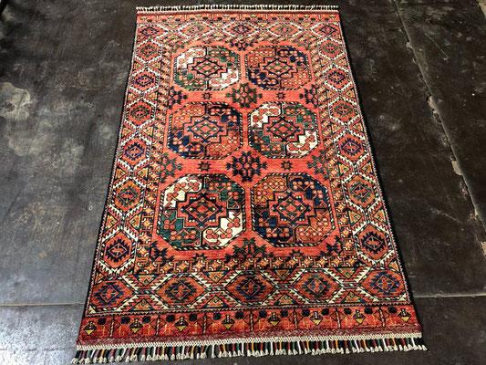 tapppeto bukara tekke con colori naturali, tappeti tabriz carpet udine, sconto tappeti udine