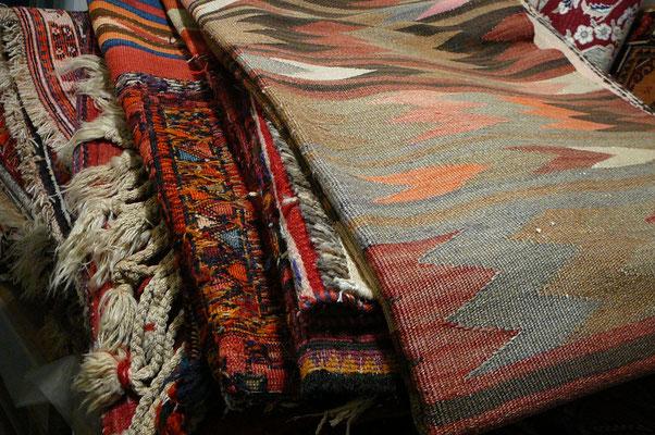 Tappeti tabriz carpet Udine, tappeti udine, kilim, sumak,