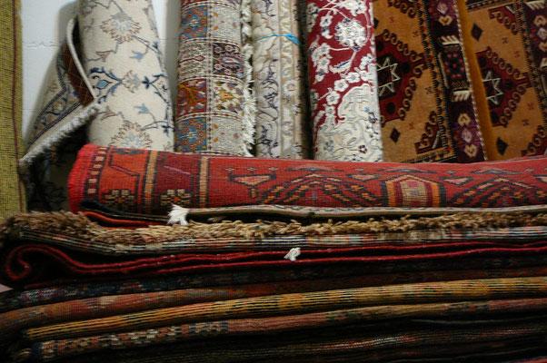 Tappeti persiani udine, tappeto nain, tappeto antico, tappeto vecchio udine, tappeti orientali udine