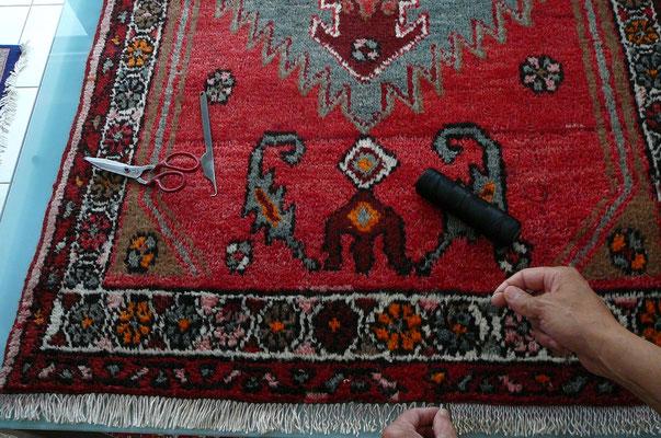 riparazione frange di tappeto persiano- tappeti persiani udine, tappeto Hamadan