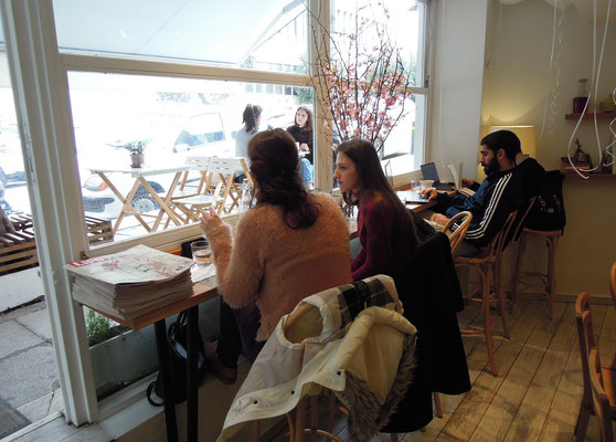 Im Trendcafé Ohh Boy im Athener Stadtteil Pangrati. Foto: Christoph Schumann, 2020