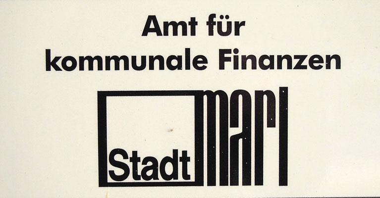 Schon ein Blick auf die Wegweiser in Marls City wird zu einer - typografischen - Zeitreise.