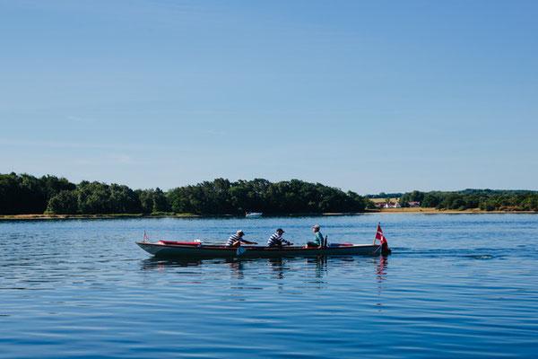 Auf dem Wasser ist das süddänische Inselmeer am schönsten. Foto: Michael Fiukowski & Sarah Moritz/PR