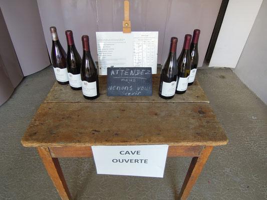 Direkt vom Erzeuger: Hofverkauf auf einem Weingut im Burgund. Foto: C. Schumann, 2019c