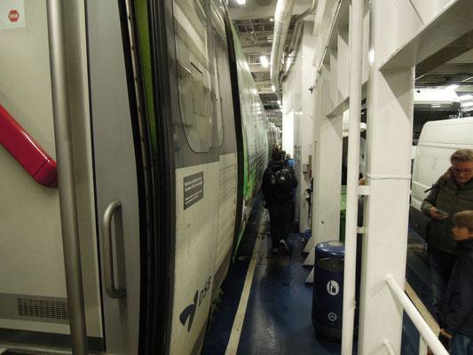 Einmal noch an Bord: Der EC auf dem Weg von Hamburg nach Kopenhagen im Bauch einer Scandlines-Fähre. Foto: C. Schumann, 2019