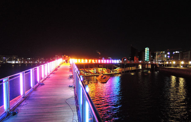 Illuminierte Brücke bei Kalvebod Brygge. Foto: Christoph Schumann, 2020