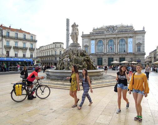 Montpellier: Place Comedie und Opernhaus