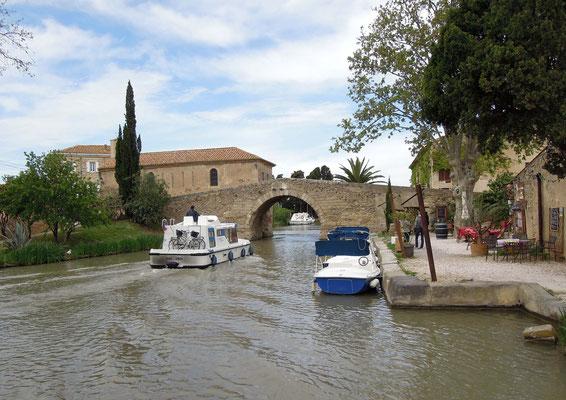 Canal du Midi in Le Somail