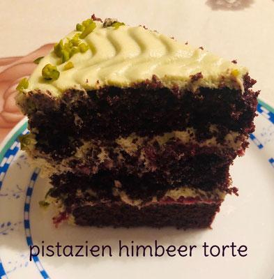 Pistazien-Himbeer Torte