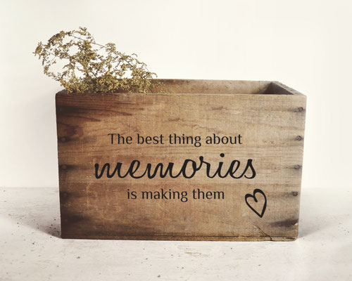 The best thing about memories is making them <3 vinyl sticker on a wooden box
