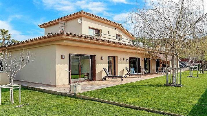 Роскошный дом в Испании, город Калондже (Calonge)