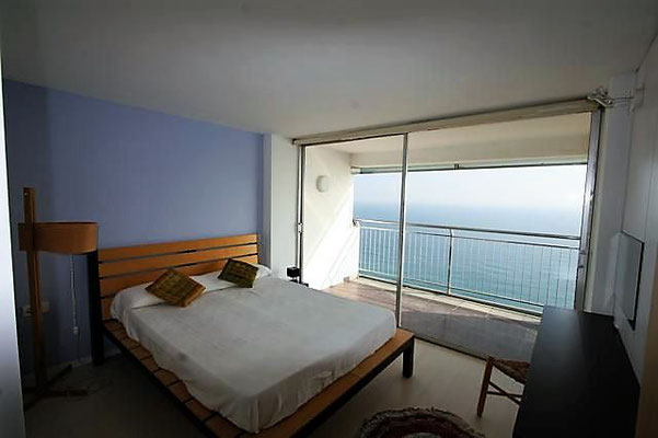Квартира в Испании на первой линии моря города Плайя де Аро
