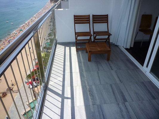 Апартамент имеет превосходные виды на море и находится на побережье Коста Брава