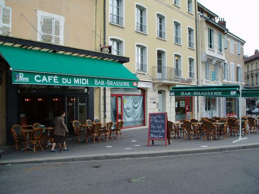 Terrasses de café et store double pente
