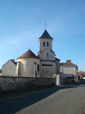 L'église vue de la rue de Choiseul