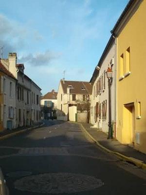 Rue Jean Nicolas (sous un autre angle)