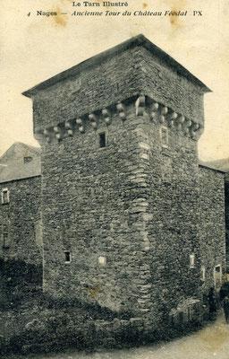 Tour de l'ancien château de Nages