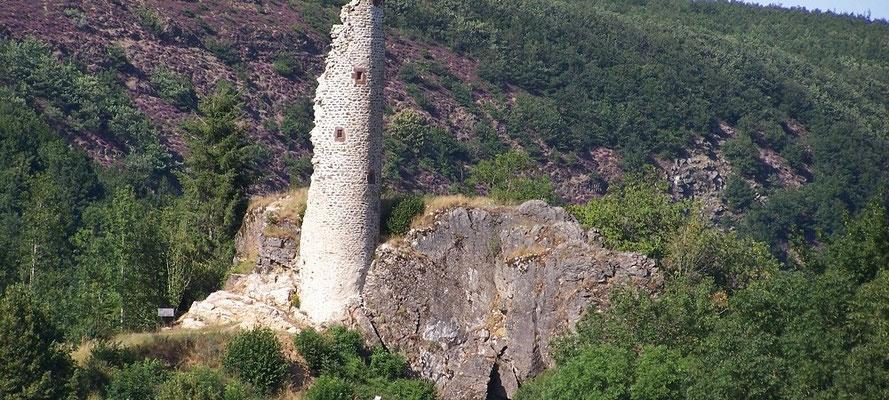 Tour du château de Canac (Murat-sur-Vèbre)