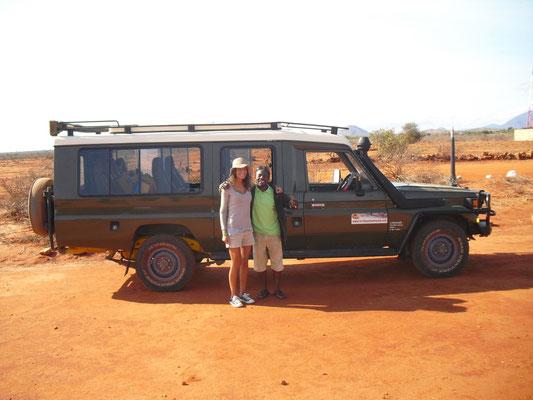 Safari di Michel e Giulia con Giovanni in2kenya Tsavo est e Amboseli in2kenya