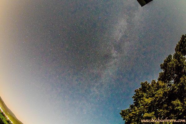 Nachthimmel über dem Hohe Flum mit recht gut sichtbarer Milchstraße