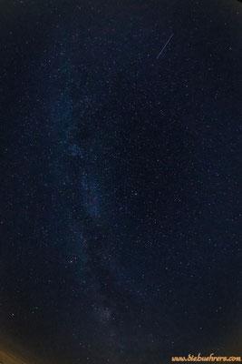 Sternschnuppe im Oberen Bildbereich
