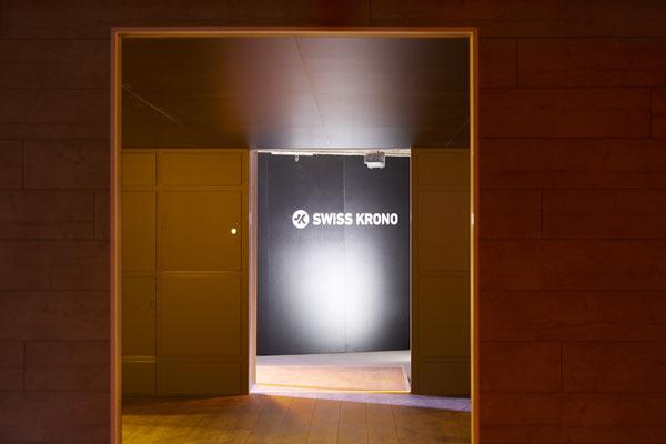 Umbau SwisKrono Design Architektur Einrichtung Wandgestaltung Ausstellungsraum