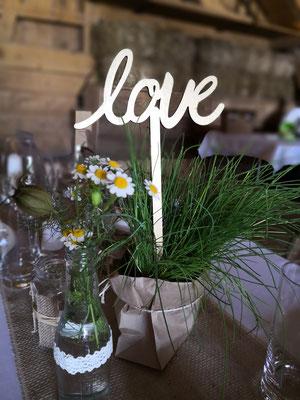 Vintage Weeding Hochzeit Blumendekoration einfache Dekoration