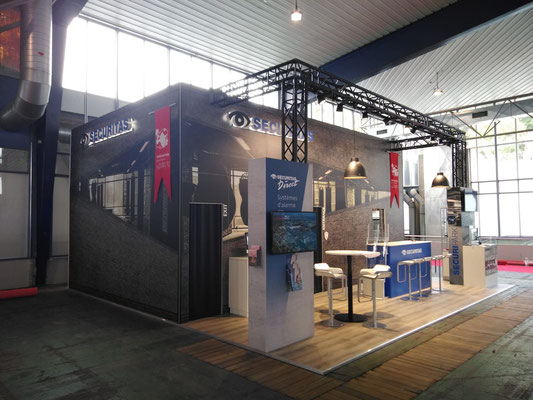 Messestand Live Kommunikation Event Grossanlass Veranstaltung Architektur Escape Room